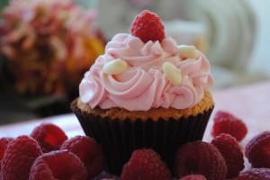 hindbær cupcake